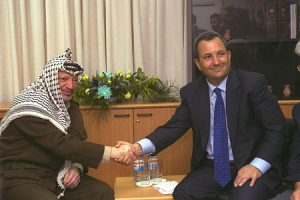 Ehud Barak and Yasser Arafat, 1999. Photo: Avi Ohayon, GPO