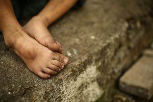 """""""הורים שתפסו את ילדיהם כרכושם..."""". תמונה: Bigstock"""