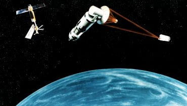 An artist's concept of a Space Laser Satellite Defense System., באדיבות ויקימדיה