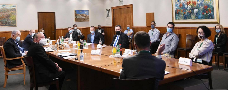 דיון בנושא הצעדים לבלימת העלייה לפני הגל השני, יולי 2020, צילום: עמוס בן גרשום, באדיבות לע