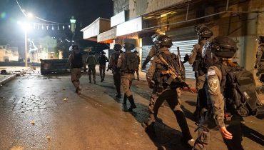 """כוח מג""""ב מסייר בלוד בעקבות אירועי האלימות בעיר.מתוך הפייסבוק של משטרת ישראל, באדיבות ויקימדיה CC3.0"""